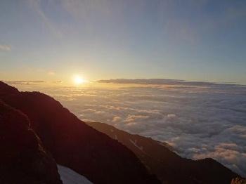 850早朝の見事な雲海