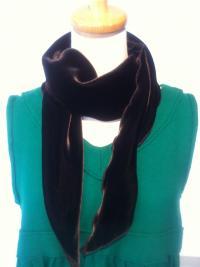 ベルベットスカーフ(黒)3