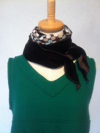 ベルベットスカーフ(黒)2