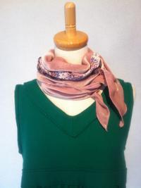 ベルベットスカーフ(ピンク)1