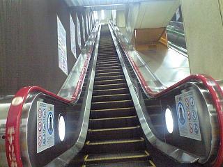 新橋駅構内(その2)
