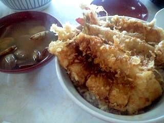伊豆家(天丼セット)