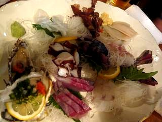 魚金(刺身盛り合わせ)