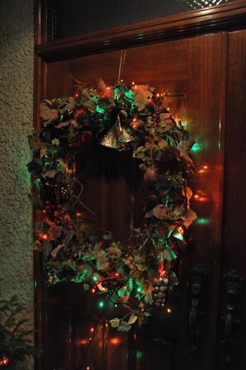 wreath2010-2.jpg