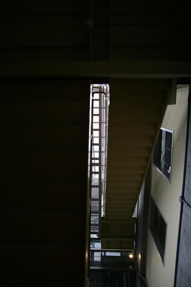 110403_鉄骨階段