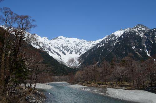 上高地穂高連峰20120428