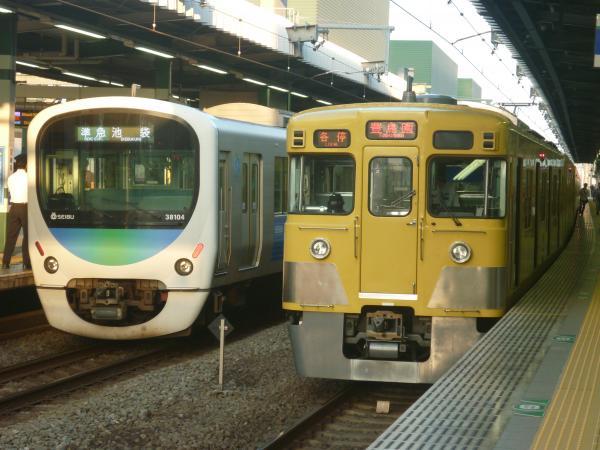 2014-10-19 西武38104F 2003F