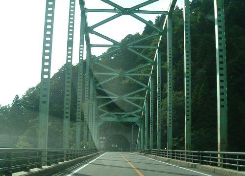 国道46号線仙岩峠1