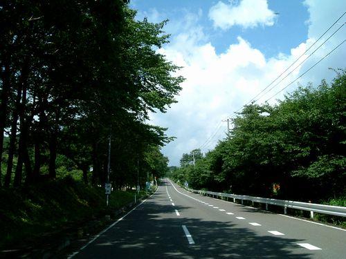 泉ヶ岳夏道路1
