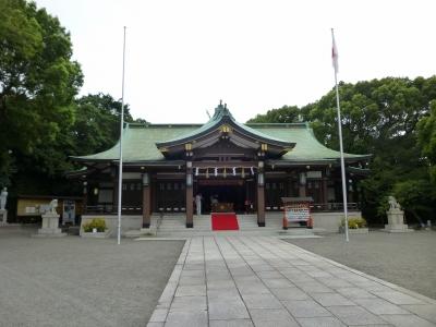 大阪護国神社清掃奉仕活動001