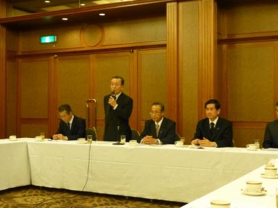 日本会議 第2回議員懇談会 002