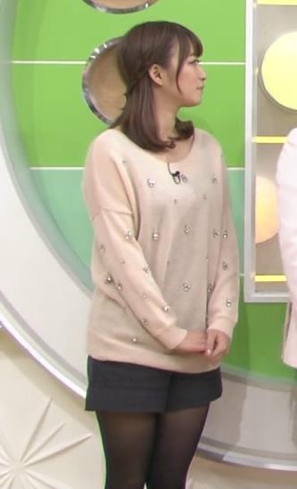 枡田絵理奈 黒ストッキング