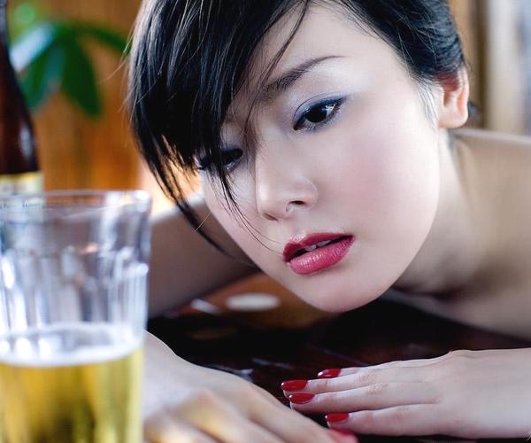 女優 遠野なぎこ 映画TVで活躍。熟女のセクシー画像55枚 アイコラ ヌード おっぱい お尻 エロ画像001a.jpg
