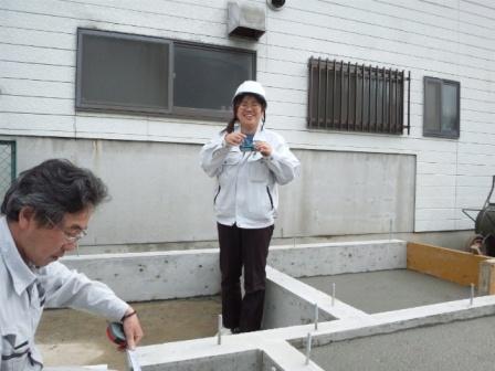 写真を撮り合う二人 (1)