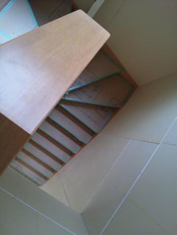 階段付きました~