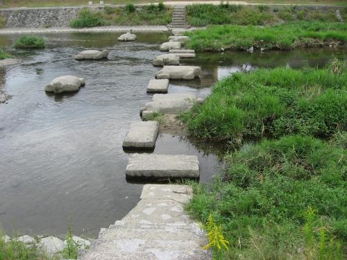 高野川の亀の飛び石