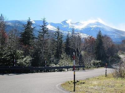 s-左に曲がり望岳台へ
