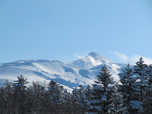 s-右の山