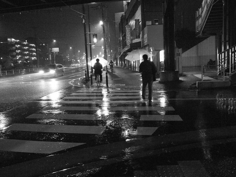 7_Night_Rain101204.jpg