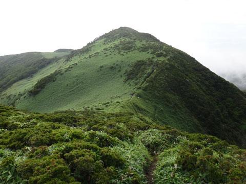 三嶺山頂 手前