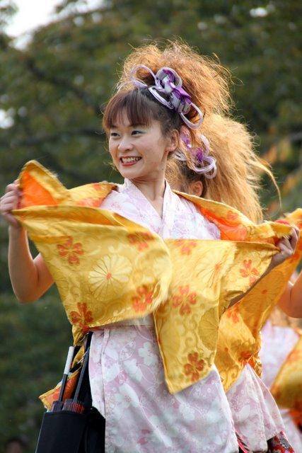 お城でYOSAKOI 弘前城 菊と紅葉まつり 2010