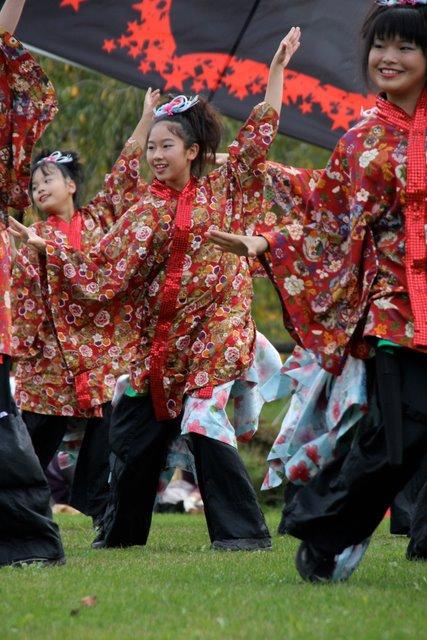 弘前城 菊と紅葉まつり 2010 お城でYOSAKOI