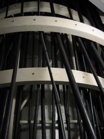 ケーブル巻き取り装置