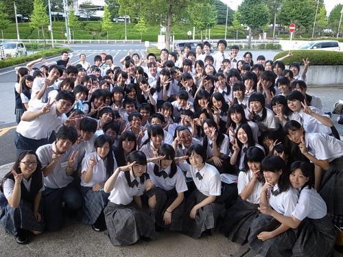 横浜市立戸塚高等学校制服画像
