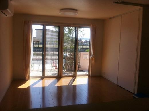 20120415_リビングの大きな窓