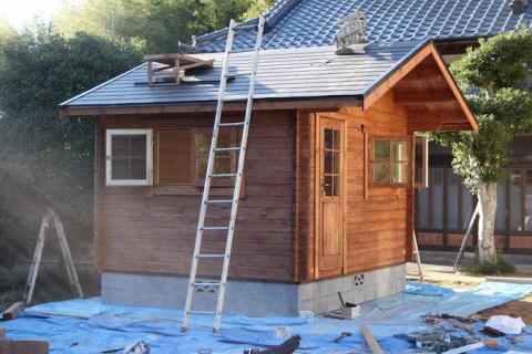 ミニログの屋根