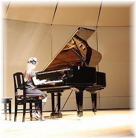 piano64.jpg
