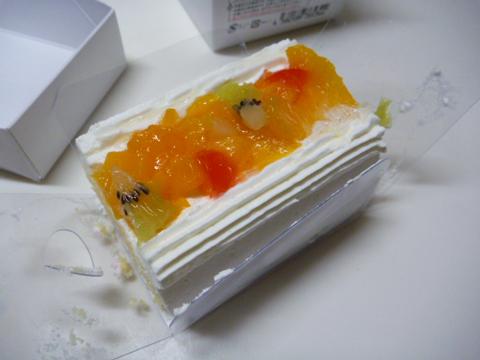 フルーツケーキです♪