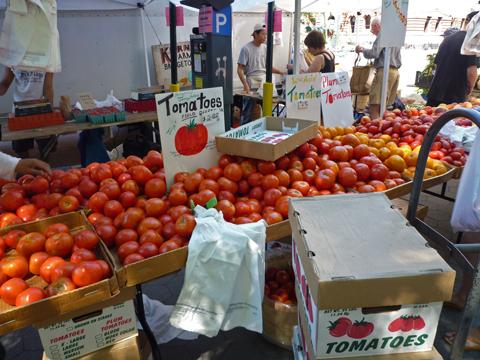 トマトが色とりどり~