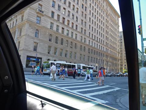 タクシーの窓から