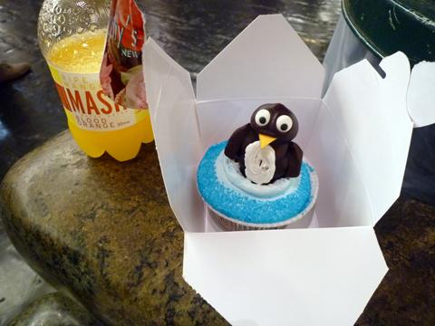 ペンギンのカップケーキ