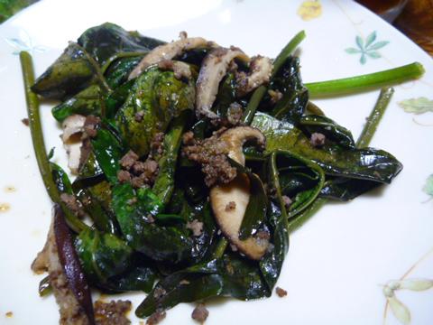 エンサイと椎茸&ミンチ炒め