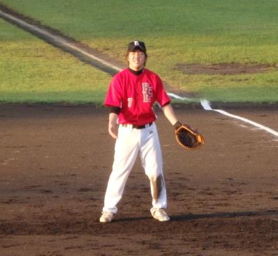 PA043631一塁手