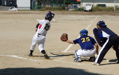 PA1900391回表Le.visage宮田が先頭打者ホームランを放つ