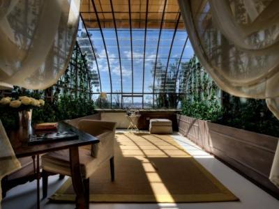 green+house+suites_convert_20110518184623.jpg