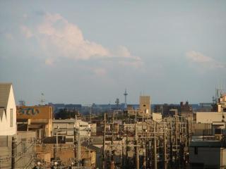 曇り空と晴れの街(1)_2010-07-12