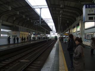 寝屋川市駅と寝屋川せせらぎ公園_01A_2011-02-05