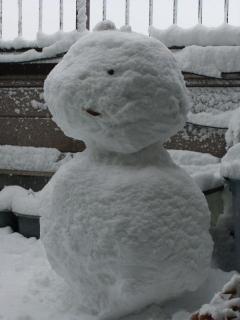 家のベランダDE雪だるま_2010-12-31
