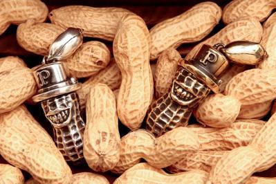 peanuts-(2).jpg