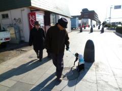 両親と散歩1