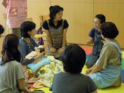 ふたごのための育児教室 014s