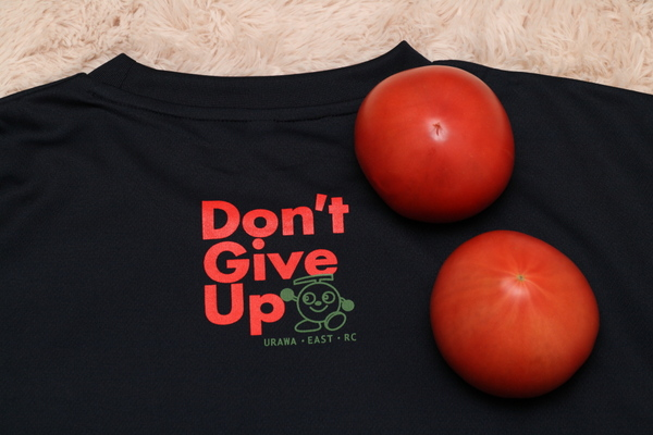 岩沼メロンTシャツとトマト