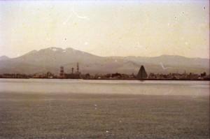 船から青森港2