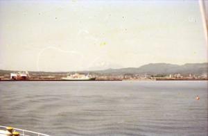 船から青森港1