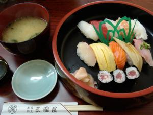 寿司割烹三國屋 博多駅前店9