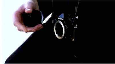 ゴダールソシアリスムに登場するカメラはOlympus OM-2N